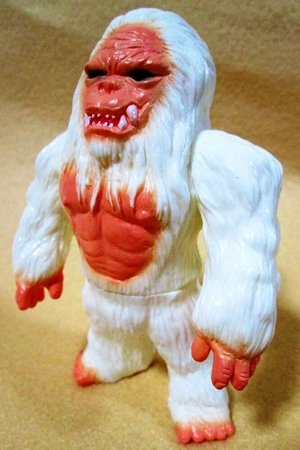 Abominable Snowman Demon of the Himalayas figure, produced by Iwa Japan. Front view.