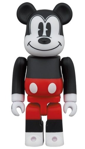 MICKEY MOUSE (R&W 2020 Ver.) BE@RBRICK 100% figure, produced by Medicom Toy. Front view.