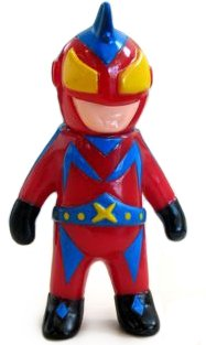 Mini Captain Maxx figure by Mark Nagata, produced by Max Toy Co.. Front view.