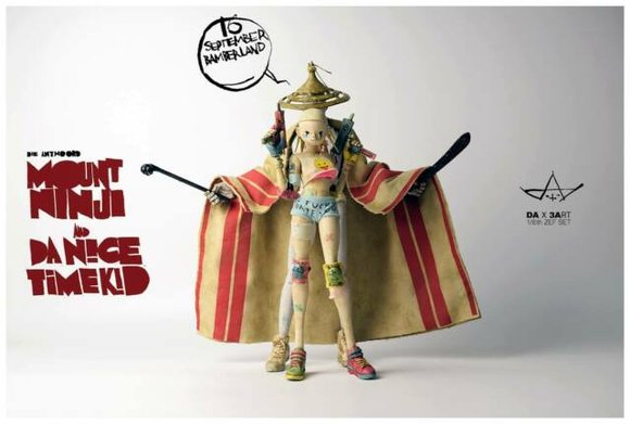 Mount Ninji and Da Nice Time Kid figure by Ashley Wood, produced by Threea. Front view.