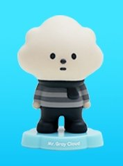 Mr. Gray Cloud figure by Fluffy House, produced by Fluffy House. Front view.