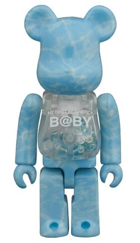 MY FIRST B@BY WATER CREST Ver. BE@RBRICK 100% figure, produced by Medicom Toy. Front view.