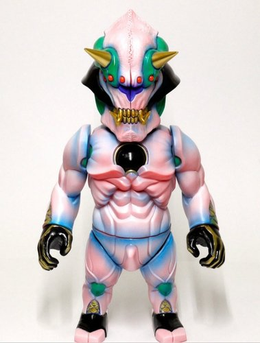 NEO JAPAN SFB ONI-SAKURA figure by Junnosuke Abe, produced by Restore. Front view.