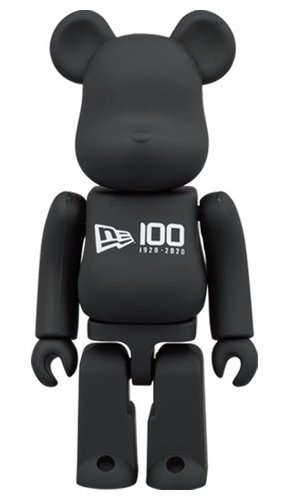 New Era Be@rbrick 100% figure, produced by Medicom Toy. Front view.