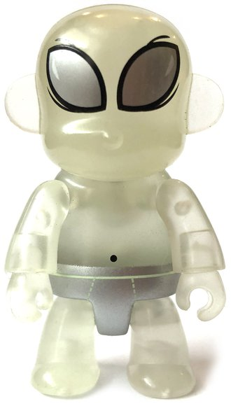 New Mexico Roswell figure by Sandy Gin, produced by Toy2R. Front view.
