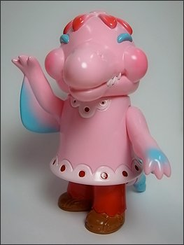Dolly the Dolphin - Valentines Dolly figure by Bwana Spoons, produced by Gargamel. Front view.