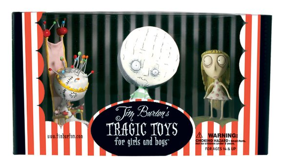 Pin Cushion Queen figure by Tim Burton, produced by Dark Horse. Packaging.