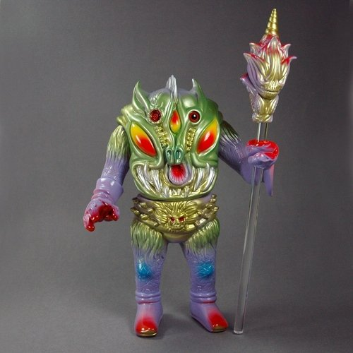 Pollen Kaiser Lavender figure by Paul Kaiju, produced by Toy Art Gallery. Front view.