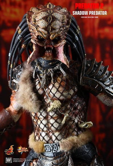 Predator 2 - Shadow Predator figure by Joseph Tsang, produced by Hot Toys. Detail view.