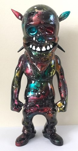 Rebel Ink - Nebula figure by Obsessed Panda ( Michael Devera), produced by Secret Base. Front view.