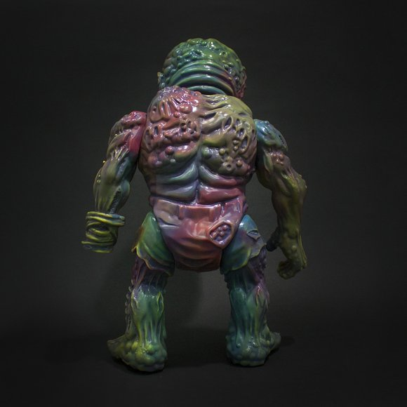 RETROBAND MEATS MUTANT MARBLE V. 1 figure by Aaron Moreno, produced by Unbox Industries. Back view.