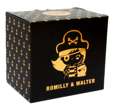 Romilly & Walter figure by Momiji, produced by Momiji. Packaging.