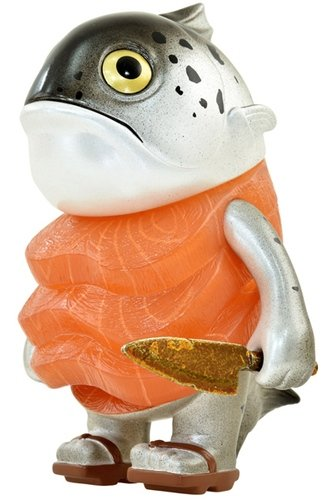 Salmon figure by Clinton Kenny, Chino Lam, produced by Instinctoy. Front view.