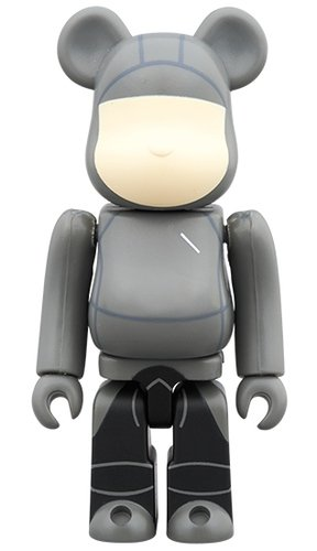 Saturdays NYC BE@RBRICK 100% figure, produced by Medicom Toy. Front view.