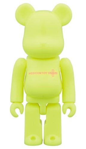 SERIES 36 Release campaign Special Edition BE@RBRICK 100% figure, produced by Medicom Toy. Front view.