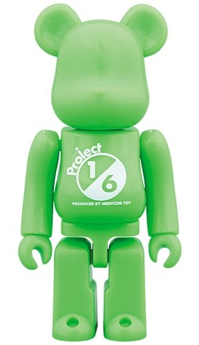 SERIES 38 Release campaign Special Edition BE@RBRICK 100% figure, produced by Medicom Toy. Front view.