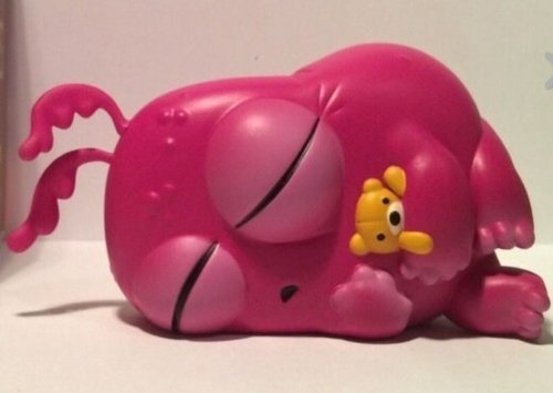Slumberguppy SDCC edition figure by Chris Ryniak X Amanda Louise Spayd, produced by Cardboard Spaceship. Front view.