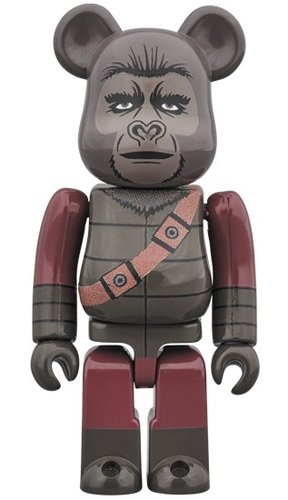 SOLDIER by PLANET OF THE APES BE@RBRICK 100% figure, produced by Medicom Toy. Front view.