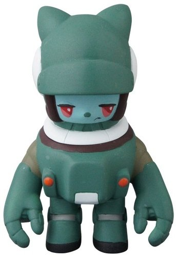 Space Racers Mimi - Green figure by Kaijin, produced by Medicom. Front view.