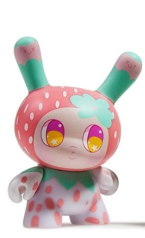 Strawberry Mango figure by So Youn Lee. Front view.