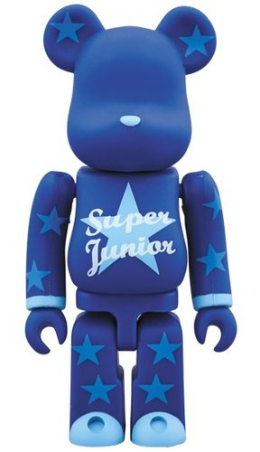 SUPER JUNIOR BE@RBRICK 100% figure, produced by Medicom Toy. Front view.