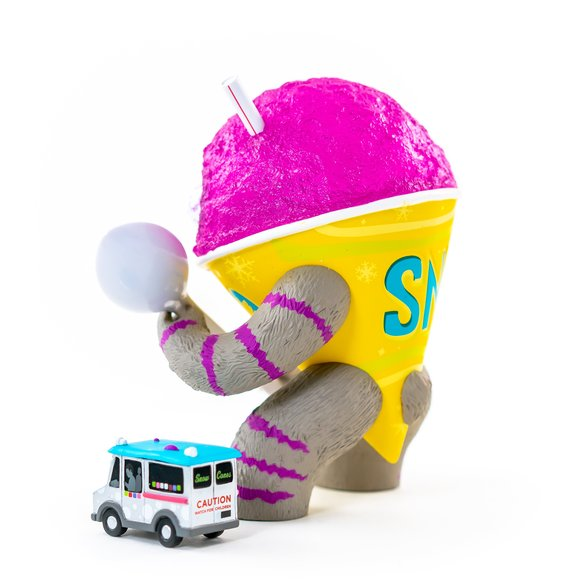 The Abominable Snow Cone: Grape figure by Jason Limon, produced by Martian Toys. Side view.