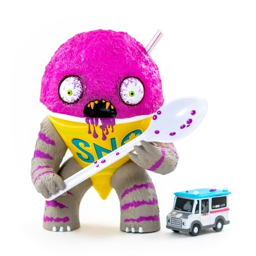 The Abominable Snow Cone: Grape figure by Jason Limon, produced by Martian Toys. Front view.