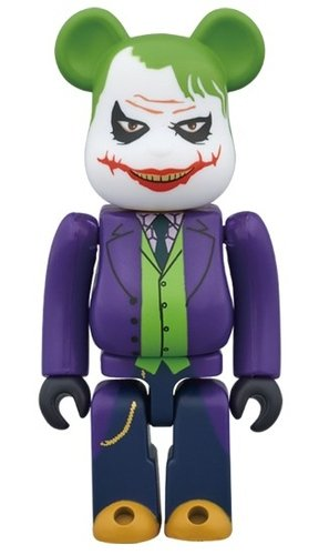THE JOKER (LAUGHING Ver.) BE@RBRICK 100% figure, produced by Medicom Toy. Front view.