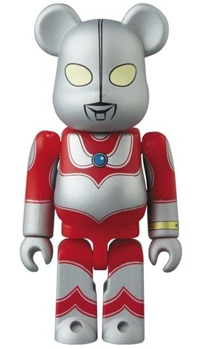 The Return of Ultraman BE@RBRICK 100% figure, produced by Medicom Toy. Front view.