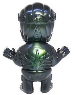 Tibe - Black / Green Metal Spray figure by Magical Design (Hideo Uchiyama) X Teddy Maker, produced by Algangu. Back view.
