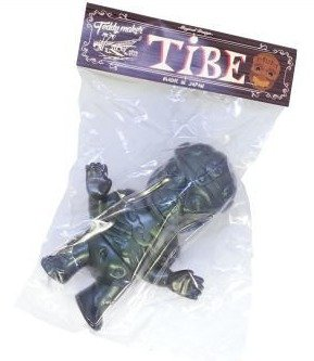 Tibe - Black / Green Metal Spray figure by Magical Design (Hideo Uchiyama) X Teddy Maker, produced by Algangu. Packaging.
