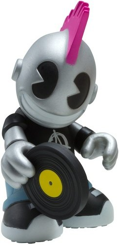 KidPunk figure, produced by Kidrobot. Front view.