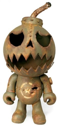 AWOL Bomb No. 2030 - SDCC 2012 figure by Drilone. Front view.