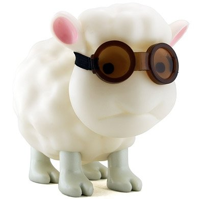 Seamour Sheep - Illuminated figure by Metin Seven, produced by Crazylabel. Front view.