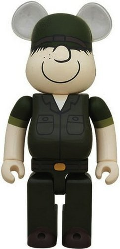 DRx Army Beetle Bailey Be@rbrick 400% figure by Dr. Romanelli, produced by Medicom Toy. Front view.
