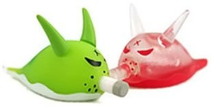Bob - Green & Bloody  figure by Frank Kozik, produced by Kidrobot. Front view.