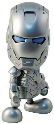 Iron Man (Mark II) figure by Marvel, produced by Hot Toys. Front view.