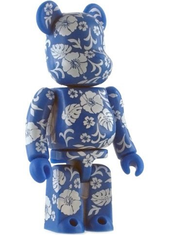 Pattern Be@rbrick Series 4 figure, produced by Medicom Toy. Front view.