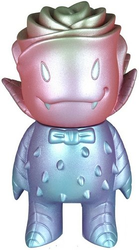 Frosty Metallic #2 figure by Nebulon5. Front view.