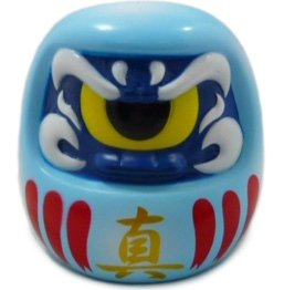 Fortune Daruma (フォーチュンだるま) - Light Blue Plaques figure by Mori Katsura, produced by Realxhead. Front view.