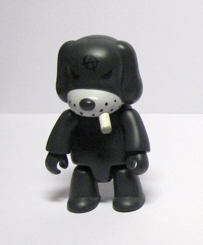 Anarchy Dog figure by Frank Kozik, produced by Toy2R. Front view.