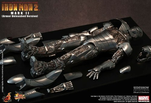 Ironman Mark II Armor Unleased Version figure, produced by Hot Toys. Front view.