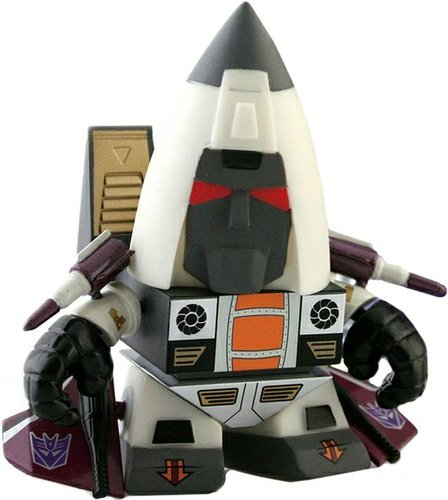 Transformers Mini Figure Series 2 - Ramjet figure by Les Schettkoe, produced by The Loyal Subjects. Front view.