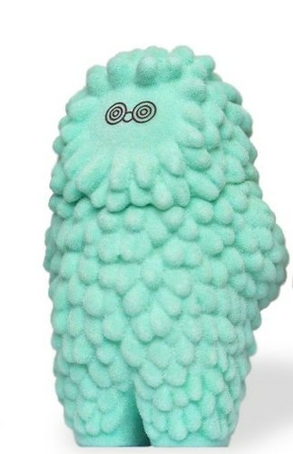 3 inch flocked baby treeson STGCC figure by Bubi Au Yeung, produced by Crazylabel. Front view.