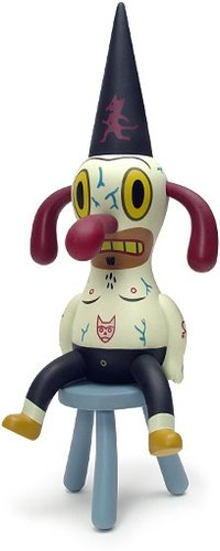 Ditch figure by Gary Baseman, produced by Critterbox. Front view.
