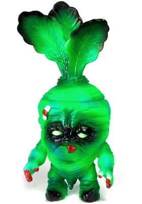 GID Deadbeet figure by Nebulon5. Front view.