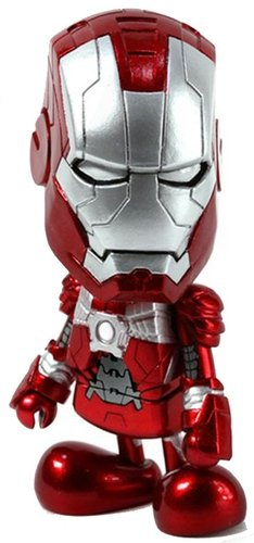 Iron Man (Mark V) figure by Marvel, produced by Hot Toys. Front view.