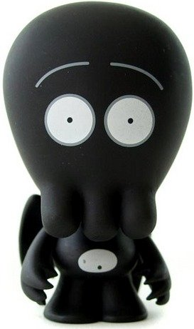 Goththulhu figure by John Kovalic, produced by Dreamland Toyworks. Front view.