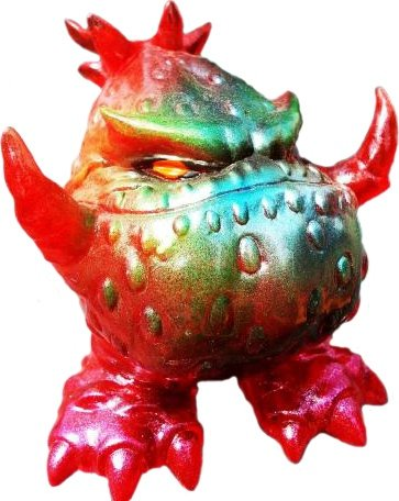 Wild Strawberry figure by Grody Shogun, produced by Grody Shogun. Front view.