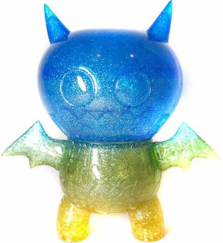 Ice Bat Kaiju - Uglycon Exclusive figure by David Horvath, produced by Intheyellow. Front view.